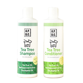 This pet shampoo is refreshing and leaves a charming aroma.