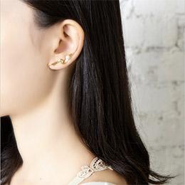 日本Zoule 絲綢之光旋繞緞帶耳夾 (抗過敏)
