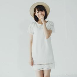 鏤空燒花造型壓紋洋裝