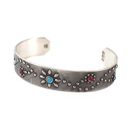 【amp japan】花紋鉚釘做舊銅手環