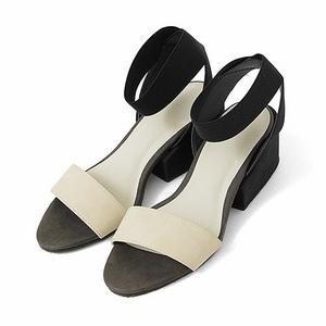 低跟環踝涼鞋