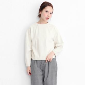 領邊縫摺套衫-米白色