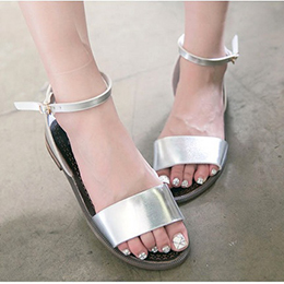 簡約寬版踝扣平底涼鞋