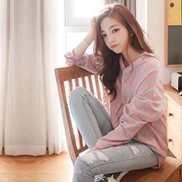 粉色格子長袖襯衫