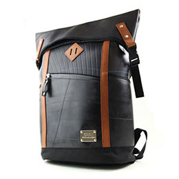 日本設計師後背包