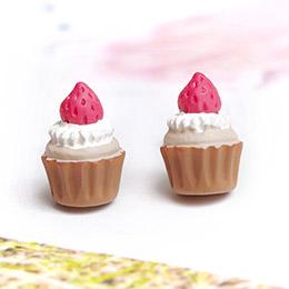 日本Gargle 草莓奶油杯子蛋糕耳環