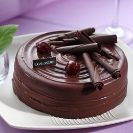 貝里斯櫻桃巧克力蛋糕