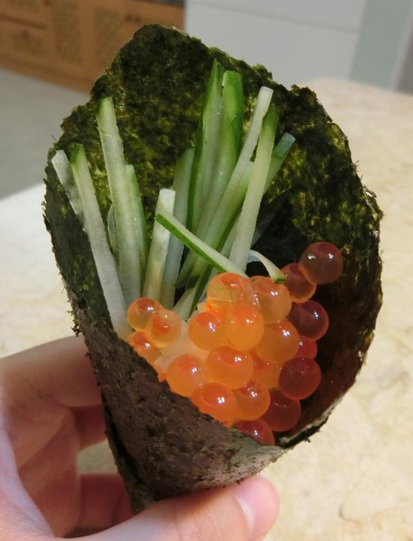 鮭魚卵手卷