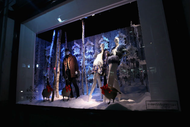Best-Department-Store-Holiday-Windows-2015 (5)