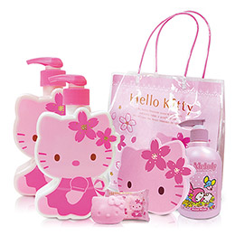Hello Kitty 櫻花香氛沐浴5件組