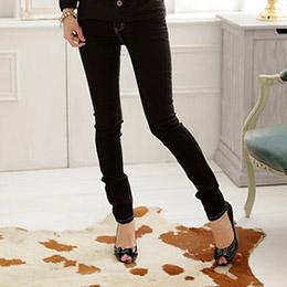 激瘦!MODEL最愛黑色系無刷色素面中腰窄管小直筒牛仔褲(S-7L)