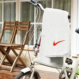【NIKE】運動中尺寸100%純棉毛巾〈UCHINO製造〉