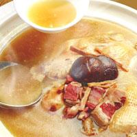 砂鍋火烔雞湯