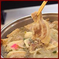 酸菜白肉如意鍋
