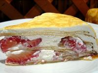 三三_草莓多千層蛋糕
