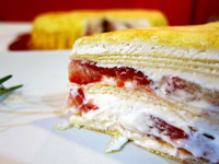 mina_草莓多千層蛋糕
