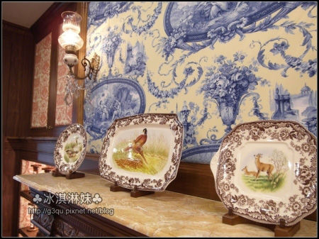 映入眼簾的 就是一個個美麗精緻的盤飾  稱之為藝術品也不為過