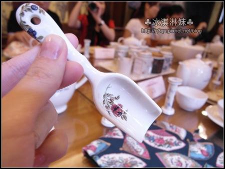 量茶葉的茶匙也好美喔~~~