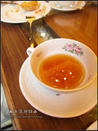 老師泡的茶喝起來果然不一樣 一點都沒有苦味