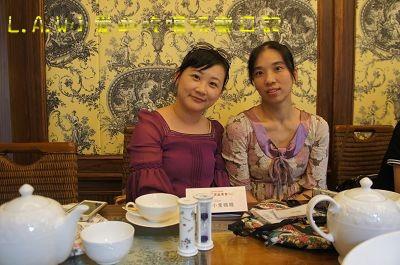 跟小愛一同前往的PG麻麻維君。當媽媽之後也要抽空優雅的喝下午茶哦!