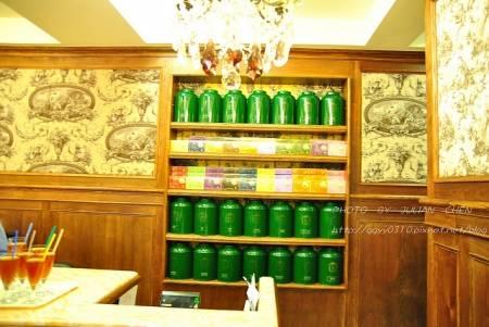 CUTTY SARK在簡介上,有三十種紅茶包括原產與混調,稱為紅茶的殿堂應該不為過。
