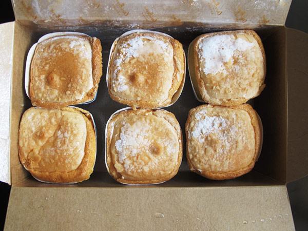 查理布朗,大蒜麵包,舒芙蕾,蛋糕,麵包