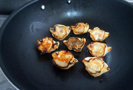 果貿吳媽家,餃子,特濃豚味獅子頭,煎餃,銀芽鮮肉水餃,高麗菜蝦仁,紅燒獅子頭
