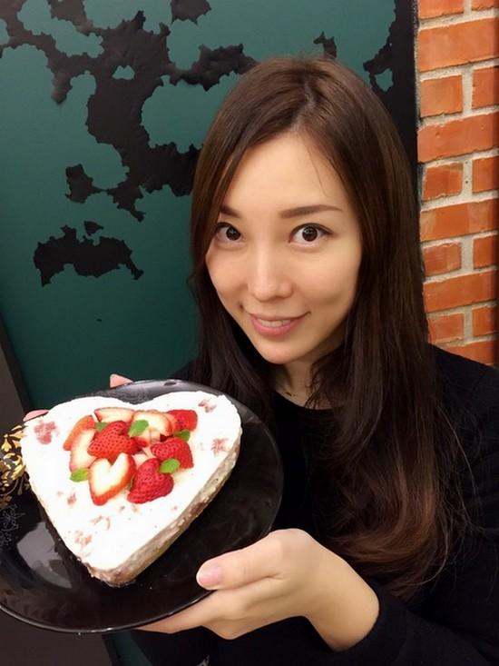 草莓愛心蛋糕DIY