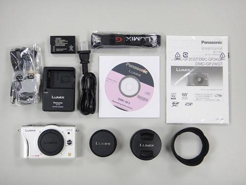 Panasonic GF2  跟裡面所附的配件組