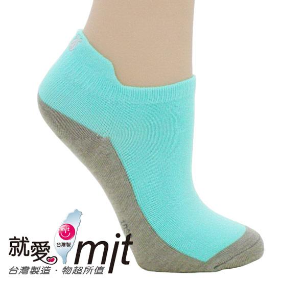符合人體工學的氣墊織法與腳趾頭定位線。