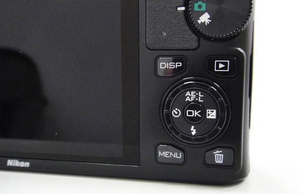 下方的功能轉盤及MENU鍵則是用來調整一些拍攝設定,轉盤也非常靈敏。