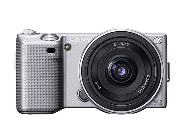 SONY採用 Exmor APS HD CMOS與BIONZ影像處理引擎,提供1420萬有效畫素