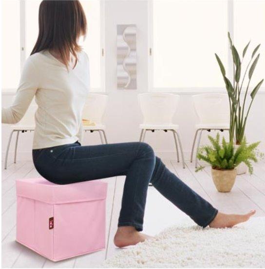 原來這款收納箱還能當椅子使用。