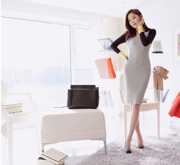 美麗大街V領拼色針織毛衣連身裙