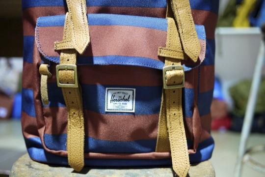 Herschel,outdoor背包,休閒包,潮牌,後背包,配色