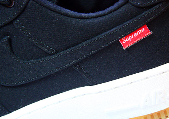 Supreme x Nike Air Force 1 紅標