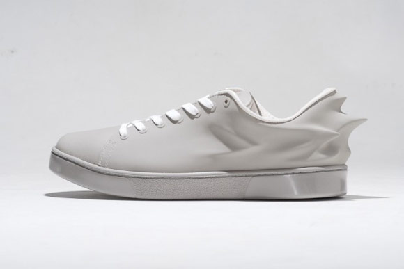 HUSSEIN CHALAYAN X PUMA URBAN SWIFT 灰色