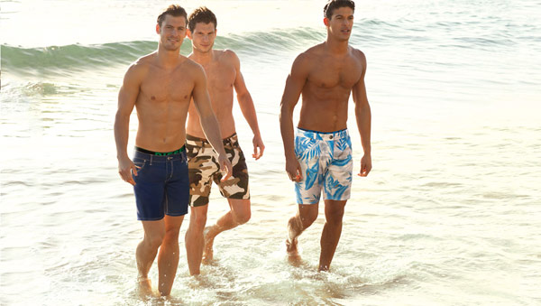 男生泳褲,男三角泳褲,男四角泳褲,Speedo泳褲,運動型泳褲