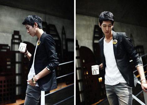 西裝ManStyle潮流嚴選(情侶款)西裝外套筆挺韓版休閒修身騎士西服