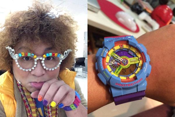 ▲詼諧逗趣的納豆喜愛流行性強、個性風的酷炫錶款,他收藏許多CASIO G-SHOCK手錶,總讓粉絲驚呼「這麼快就入手了!」,這支GA-110F-2用色大膽,鮮豔的色彩撞出有如遊樂園般的童趣世界,令人一眼驚豔,快速吸睛。(圖/截取納豆臉書粉絲團)