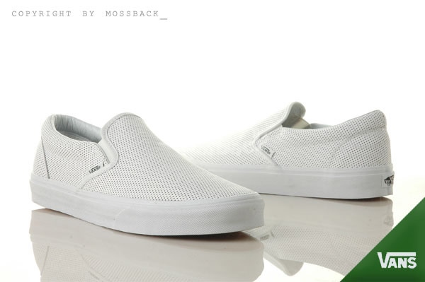 ▲『Mossback』VANS CLASSIC SLIP-O皮革洞洞懶人鞋基本款