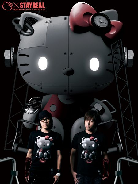 2009年STAYREAL 與三麗鷗聯名的Kitty Robot(機械凱蒂)35週年系列,將可愛與剛強完美結合,讓男孩也能自信穿上身。