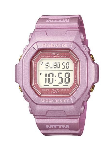 Baby-G x Married To The Mob烈豔粉唇錶款外型採用BG-5600款型。