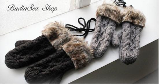 手套加上皮草是不是質感大大不同呢?除了保暖之外也是很好的配件之一喔!