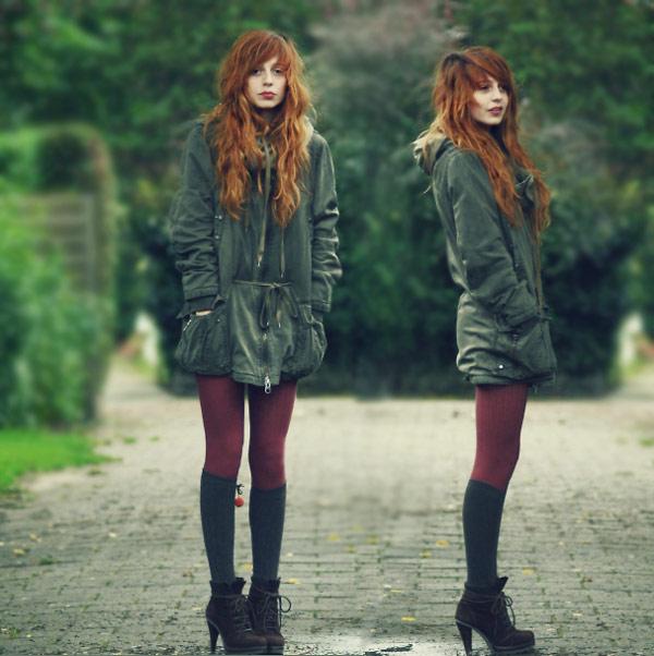 除了長版T,現在也很流行把長外套當成洋裝般穿搭