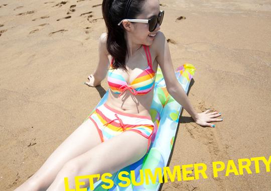 比基尼,泳衣,內衣,海邊穿搭,亮色條紋
