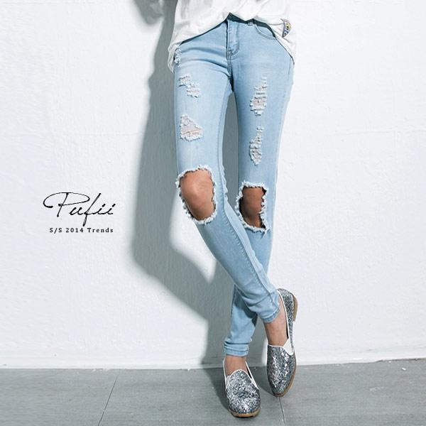 ▲窄管褲 膝大刷破淺色彈性窄管牛仔褲