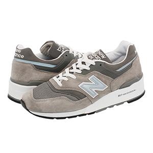 New Balance 运动鞋