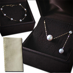 Japanese Akoya pearl necklace and bracelet jewelry set