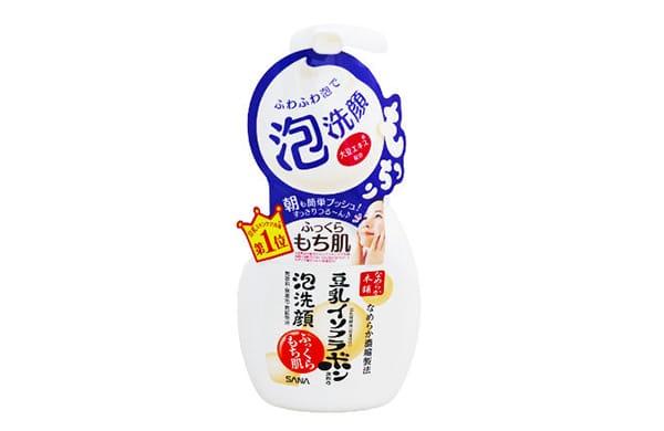 泡沫洗面乳